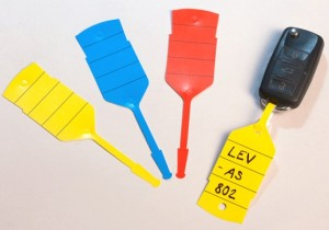 Бирки для ключей пластмассовые